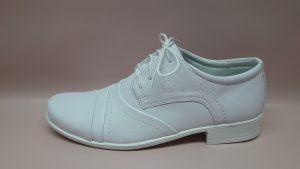 c8a689e1 327 biały 327 biały · 327 biały 327 biały · 327 biały · Buty komunijne dla  chłopca