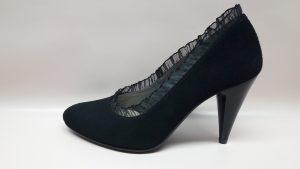 Wizytowe buty damskie czarne czółenka 414